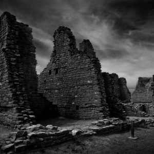 Kin Kletso Ruins, Chaco Canyon, New Mexico (bw)