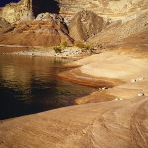 Sandstone Shoreline, Lake Powell, Utah