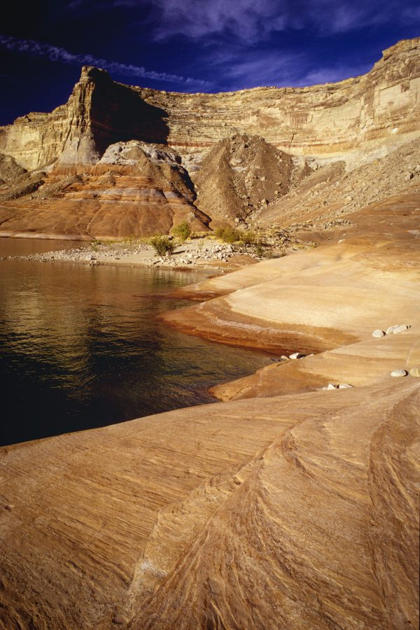 Sandstone Shoreline, Lake Powell, Utah